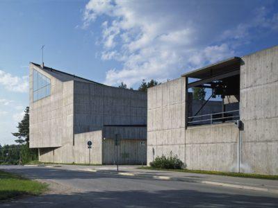 Huutoniemen kirkko, Vaasa, Aarno Ruusuvuori