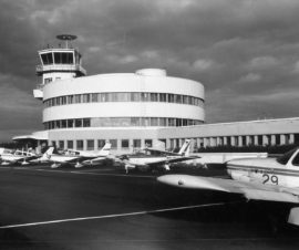 Helsinki-Malmin lentoasema, Helsinki, Dag Englund, Onni Ermala,