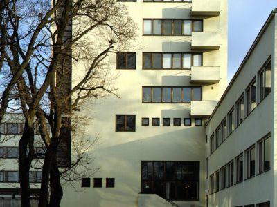 Åbo Akademin kirjatorni, Turku, Erik Bryggman